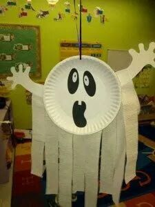 Halloween ghost with paper plate