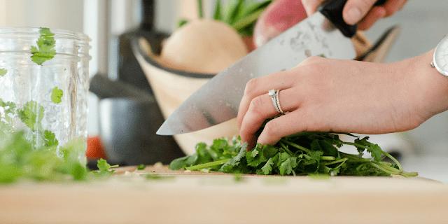 Καλωσορίζουμε τη μαγείρισσα του Busy mama's Corner και τη γνωρίζουμε λίγο καλύτερα μέσα από αυτά που γράφει.