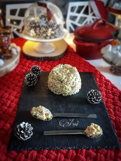 Η Ασημίνα σήμερα μας δίνει τέσσερις υπέροχες συνταγές για τις σαλάτες που θα βρεθούν πάνω στα γιορτινά τραπέζια σας!